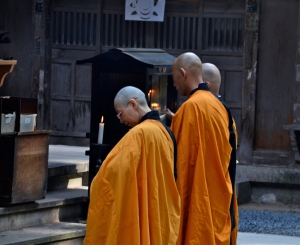 koyasan-monks